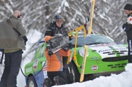 2008年12月,意大利科尔蒂纳举行了'7公斤C4滑雪自行车和750 HP弗那萨利 赛车'的拉力赛。