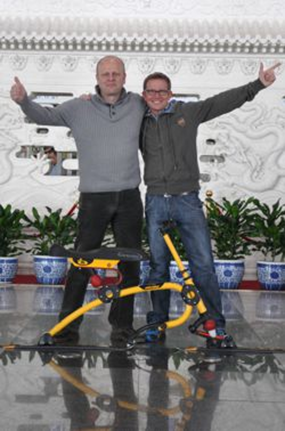 2013年4月,户外专业品牌TTISS 将SNOWBIKE引入中国市场。