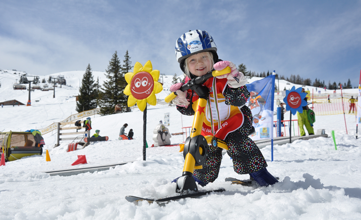 2018 – Snowbike Mini, 适合3岁以上的儿童
